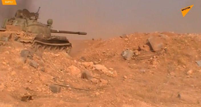 V Sýrii pokračují těžké boje poblíž města Hamá