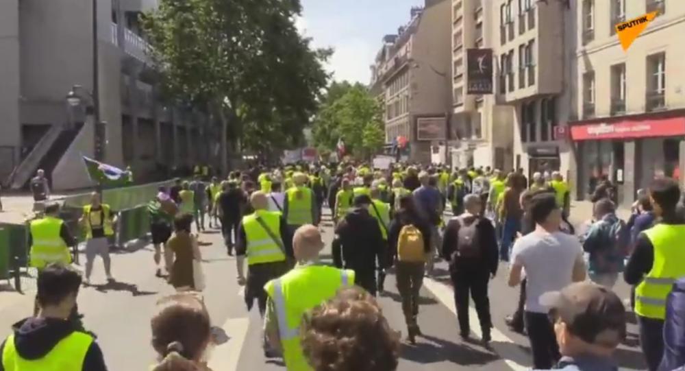 31. protestní akce žlutých vest v Paříži