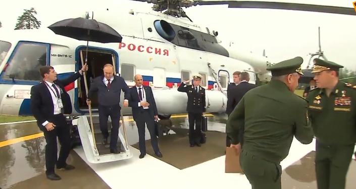 Putinovi na Army 2019předvedli nejmodernější a inovační vynález ruského vojenského průmyslu