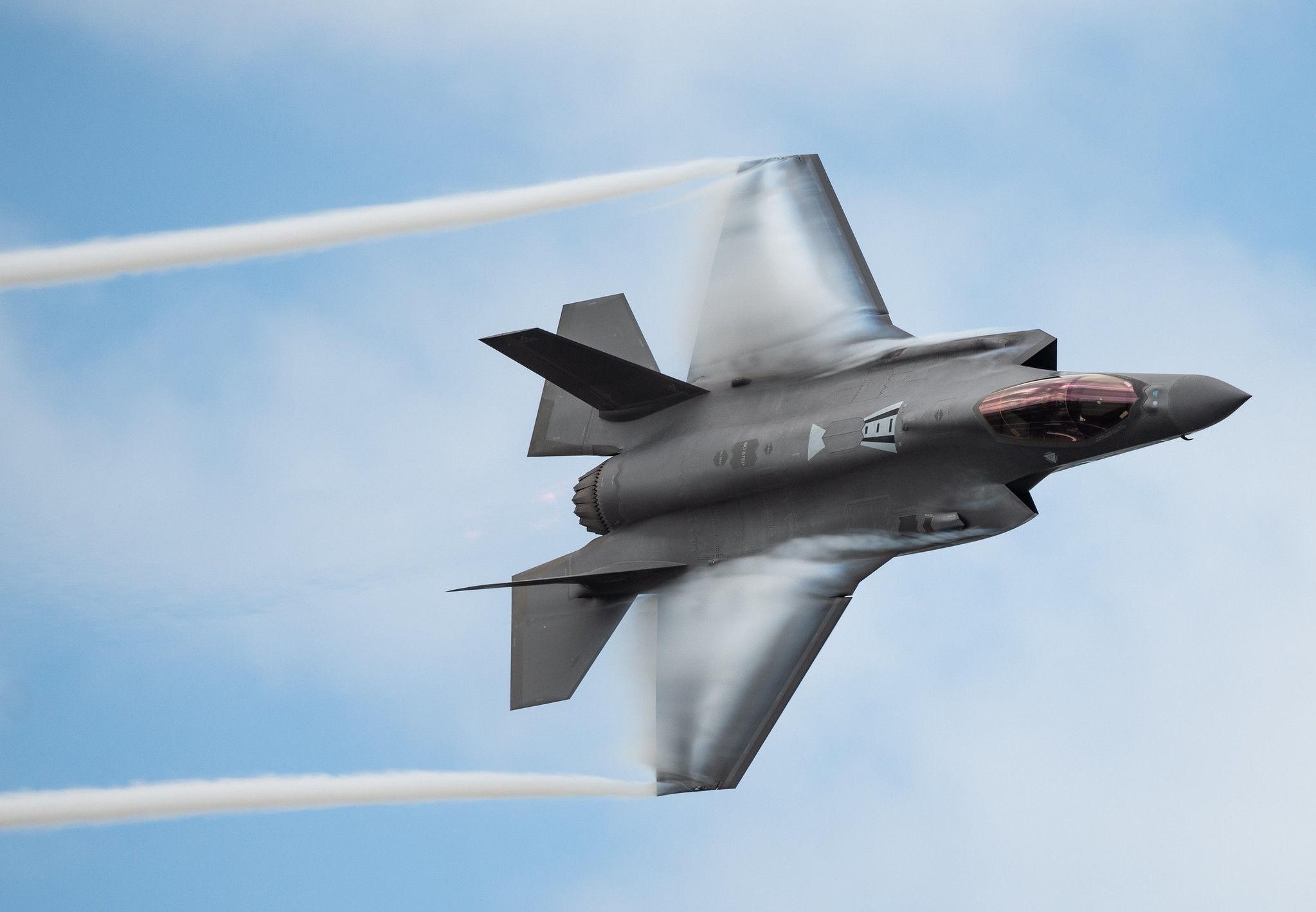 Stíhačka páté generace F-35