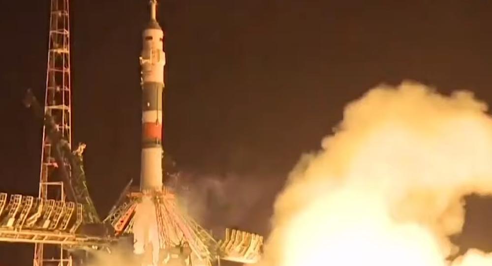Na Mezinárodní vesmírnou stanici se vydala nová expedice. Co tam má v plánu? Video