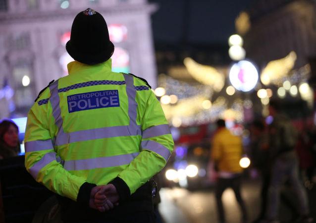 policista ve Velké Británii