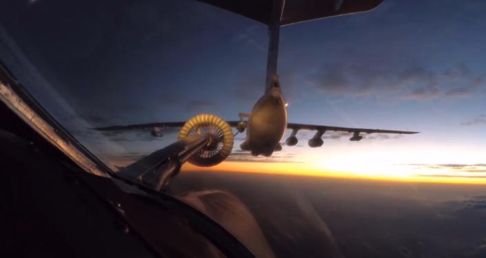 Historická návštěva. Ruské bombardéry Tu-160 překonaly 11 tisíc kilometrů a poprvé přistály v JAR