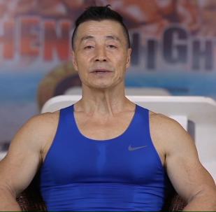 70letý čínský bodybuilder prozradil, jak dosáhnout úžasných výsledků
