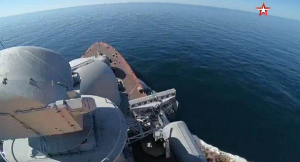 Kousnutí Moskita: Nejlepší záběry raketových paleb v Černém moři