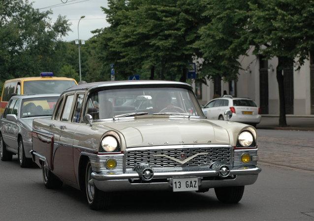 Ruské auto v Rize, Lotyšsko