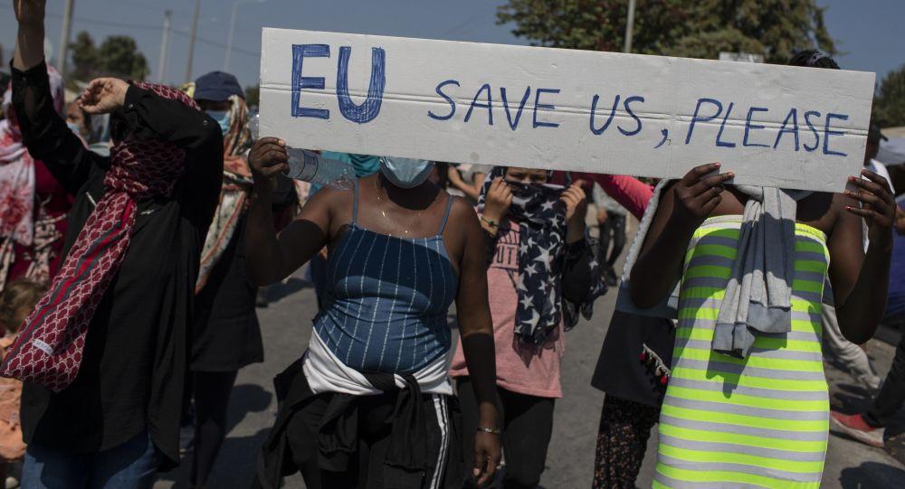 Migrační pakt EU rozhodne o nás bez nás, zuří Trikolóra. Je na stole czexit?