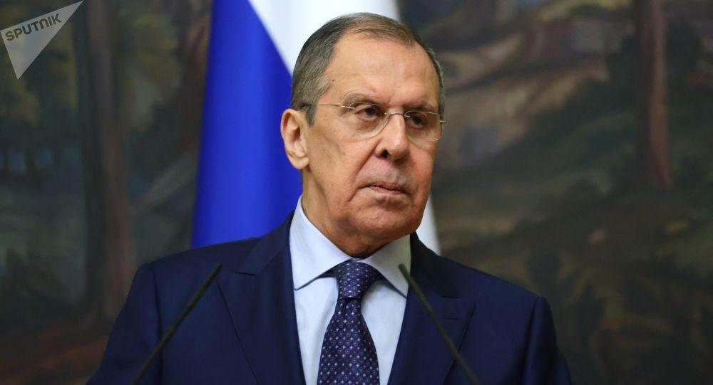 """""""Moskva nerozumí tomu, jaké účely sleduje Washington na Ukrajině."""" Lavrov hovořil o vojenské aktivitě USA v Černém moři"""