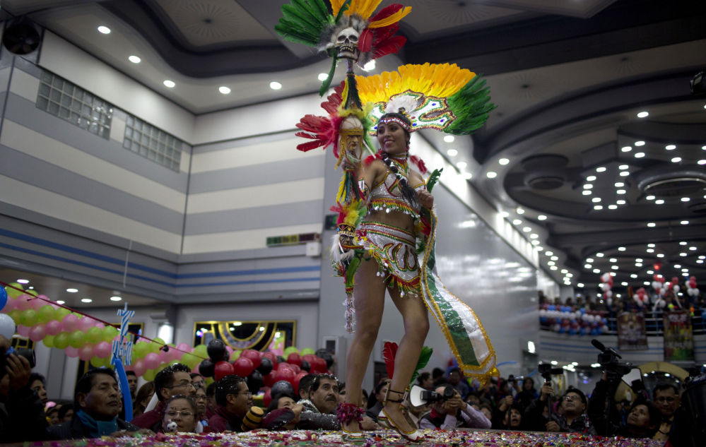 Takhle se tančí Morenada: V Bolívii si zvolili královnu festivalu Great Power