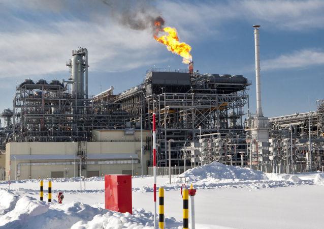 Závod na výrobu LNG na Sachalinu