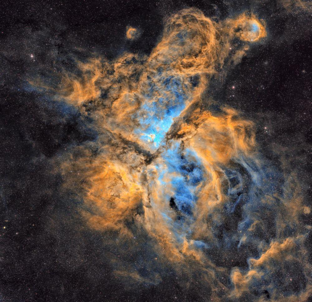 Snímek The Carina Nebula chorvatského fotografa Petara Babiće.