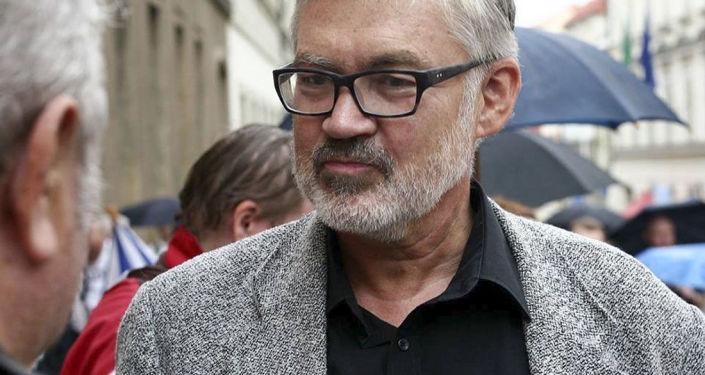 Nejhorší ministr zahraničí, odvážný Babiš a odchod ČSSD. Nejaktuálnější dění okomentoval bývalý senátor Jiří Vyvadil