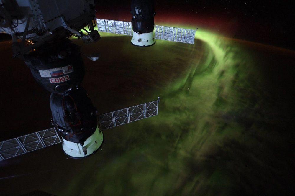 Astronautka NASA Christina Koch zveřejnila foto Jižního záření z vesmíru.