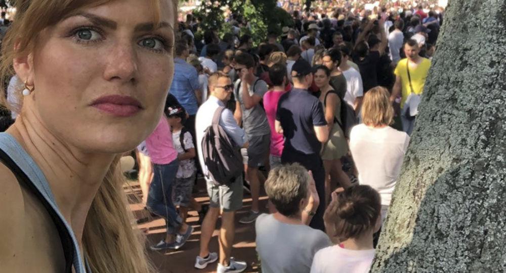 """""""Koho chleba jíš, toho píseň zpíváš, že?"""" Koukalová se zúčastnila protestu na Letné a rozzlobila sociální sítě"""