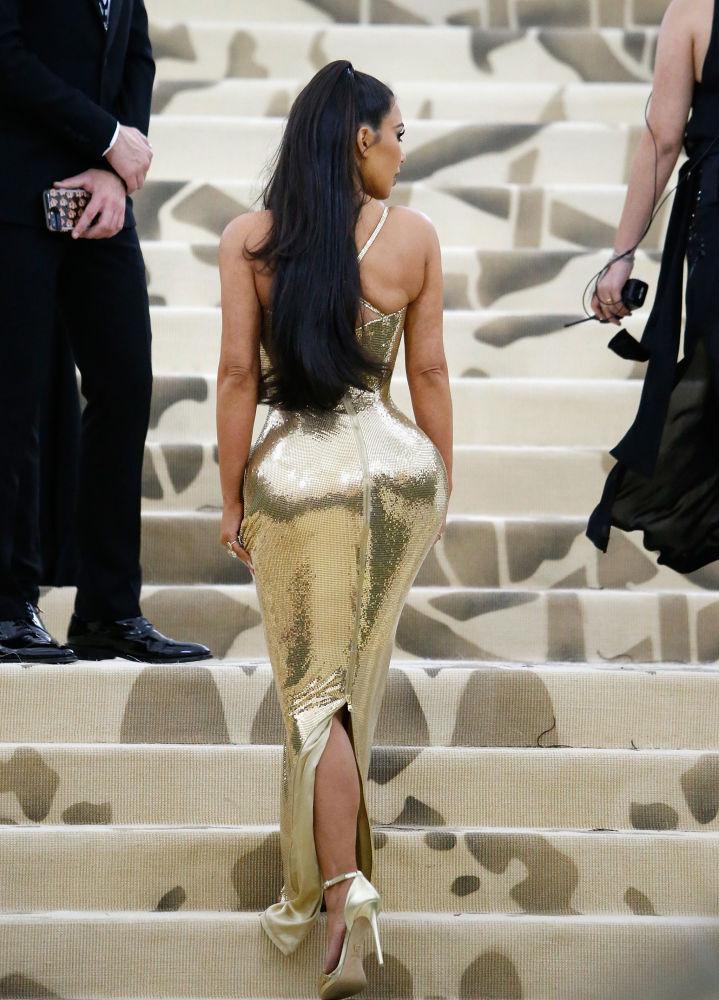 Kim Kardashianová na akci v Metropolitním muzeu umění v New Yorku