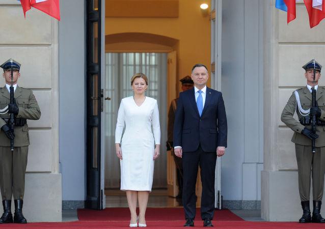 Slovenská prezidentka Zuzana Čaputová a polský prezident Andrzej Duda ve Varšavě