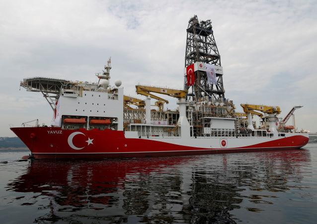 Turecká vrtná souprava Javuz