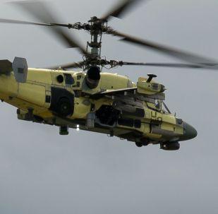 Vrtulník Ka-52 Alligator během zkoušek na závodě Progress