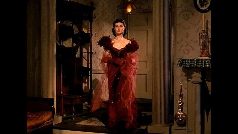 Dokonalý styl a hollywoodský šik: legendární filmové obrazy žen. Scarlett O'Harová