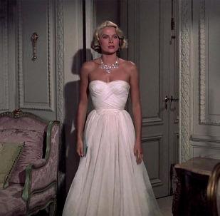 Dokonalý styl a hollywoodský šik: legendární filmové obrazy žen