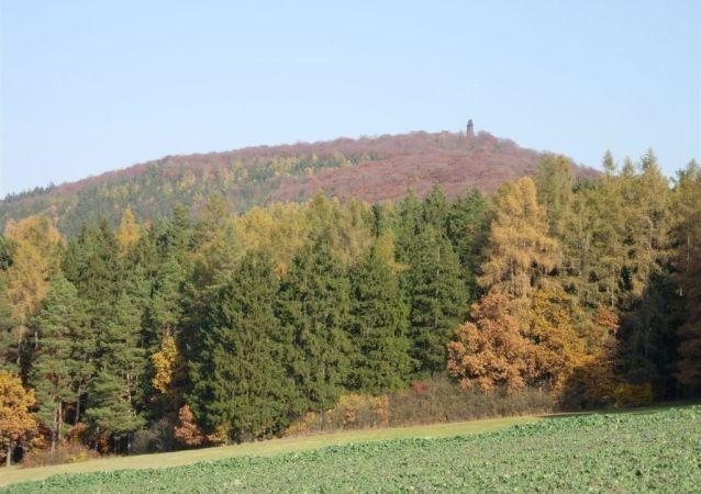 Hora Blaník, kde se mají ukrývat blaničtí rytíři