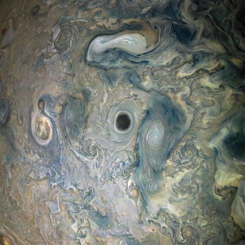 Bouře na Jupiteru