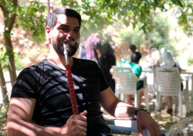 Venkovní kavárna v Sýrii