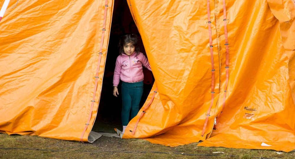 Dívka v uprchlickém táboře v Norsku