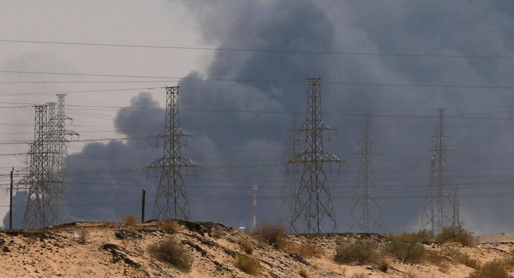 Putin vyzval k nezaujatému vyšetření útoku na ropnou rafinerii Saudi Aramco