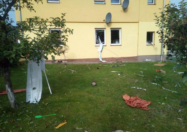 Výbuch v rodinném domě. Obce Kerhartice, Orlickoústecko.