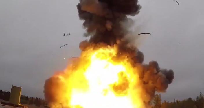 """Rusko """"zaútočilo"""" na Kamčatku mezikontinentální balistickou raketou Topol–M. Raketa překonala přes 6 tisíc km"""