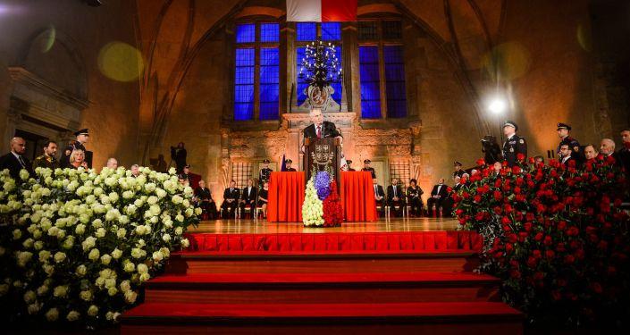Slavnostní ceremoniál udílení státních vyznamenání ve Vladislavském sále Pražského hradu