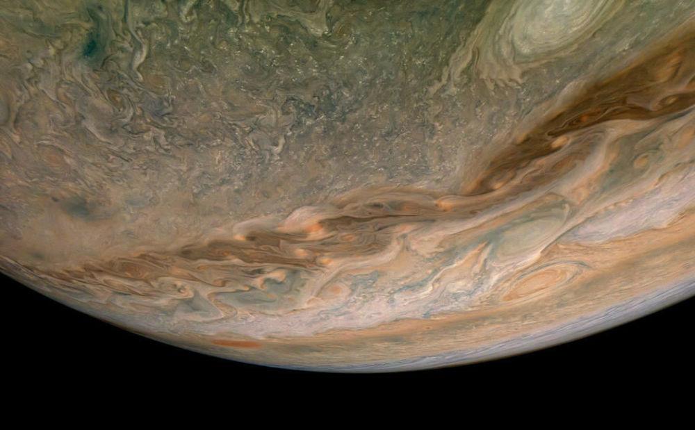 Severní polokoule Jupiteru.