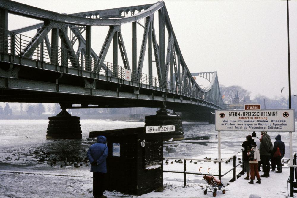 Opona studené války. Jak byla postavena a zničena proslulá Berlínská zeď