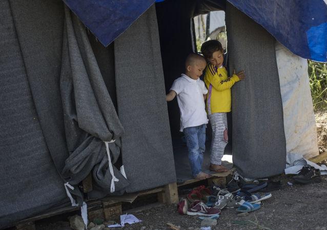 Dětští uprchlíci na řeckém ostrově Lesbos