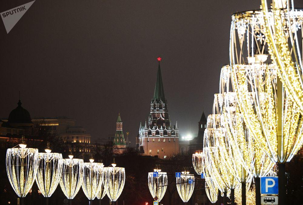 Vánoční iluminace na Kremelském nábřeží