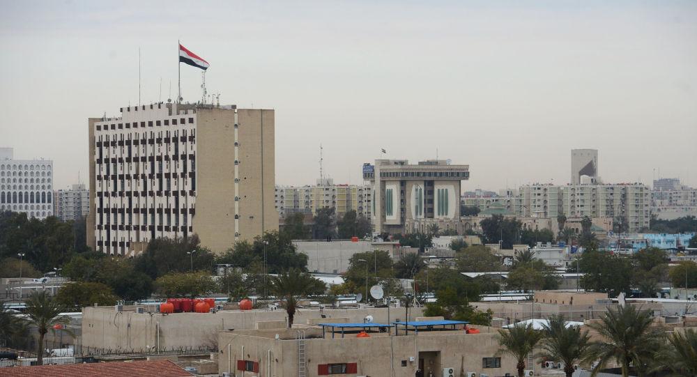 Zelená zóna v centru Bagdádu, kde sídlí vládní budovy i americké velvyslanectví