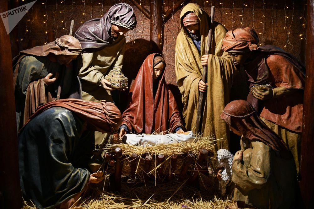 Vánoční betlém v Katedrále Petra a Pavla v Simferopolu