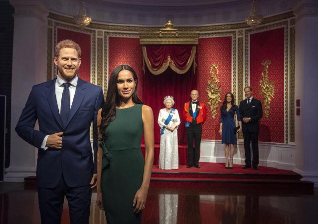 Postavy britského prince Harryho a vévodkyně ze Sussexu Meghan v Muzeu voskových figurín Madame Tussaud v Londýně