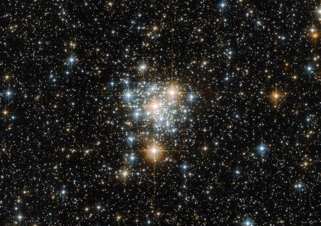 Seskupení hvězd v Malém Magellanově oblaku