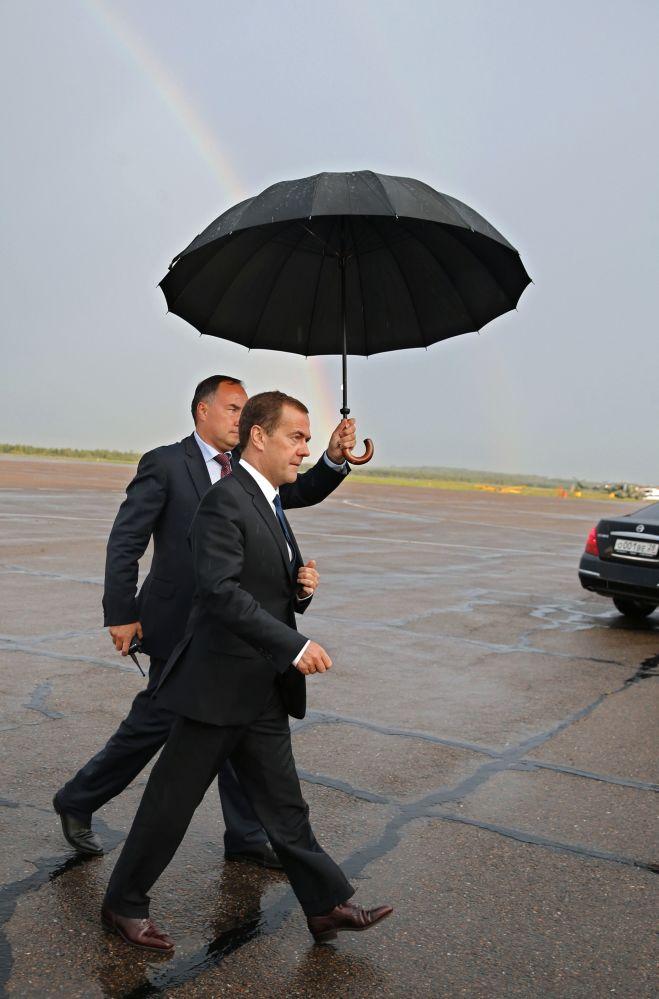 21. srpna 2015 – Dmitrij Medveděv na letišti v Blagověščensku