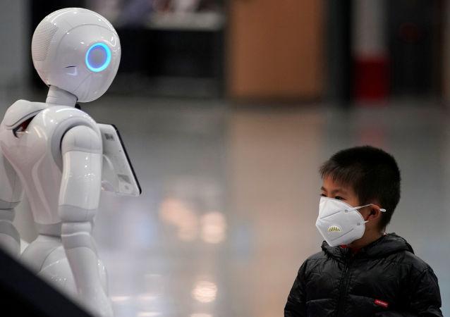 Chlapec v ochranné masce, Čína