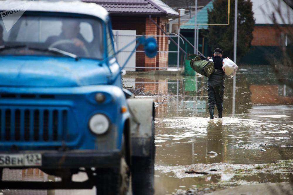 Místní obyvatel města Gorjačij Ključ Krasnodarského kraje
