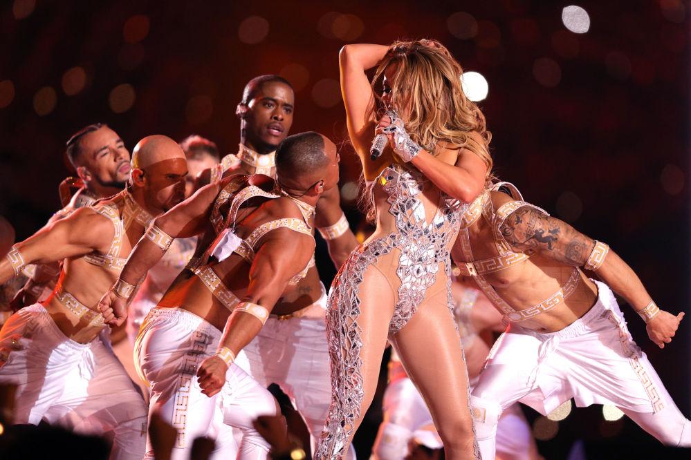 Vystoupení Jennifer Lopez během finálového zápasu National Football League amerického fotbalu Miami, USA (02.2.2020)
