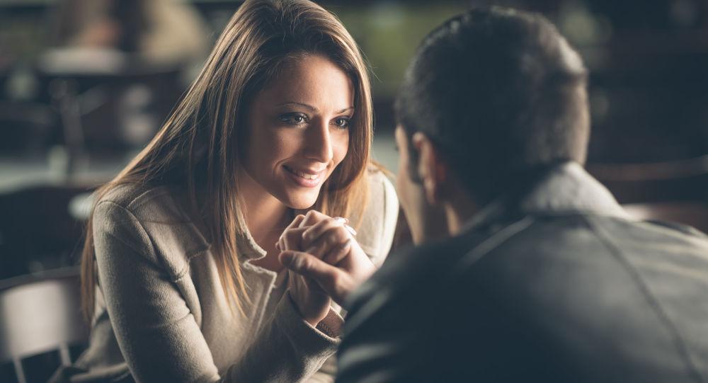 Vědci našli odpověď na otázku, jaká kritéria jsou pro ženy při výběru muže nejdůležitější