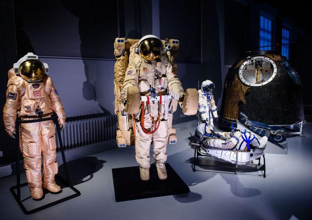 """Ruská kosmická výstava v Londýně """"Kosmonauti: zrození kosmické éry"""