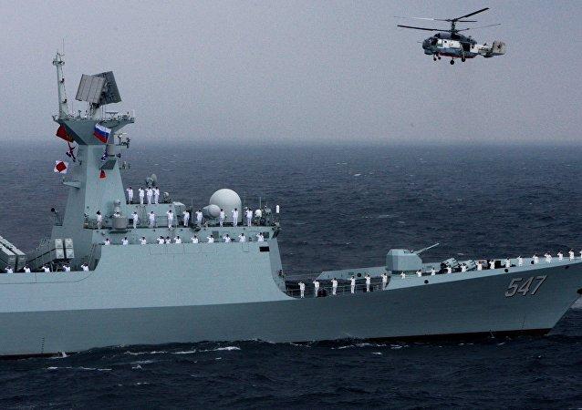 Cvičení ruského a čínského vojenského námořnictva Mořská součinnost 2015