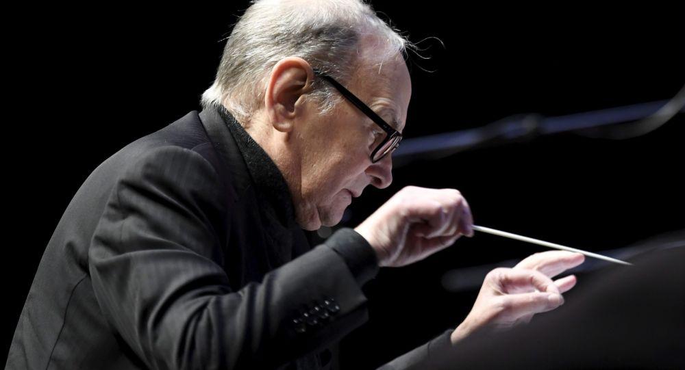 Zemřel hudební skladatel Ennio Morricone. Bylo mu 91 let