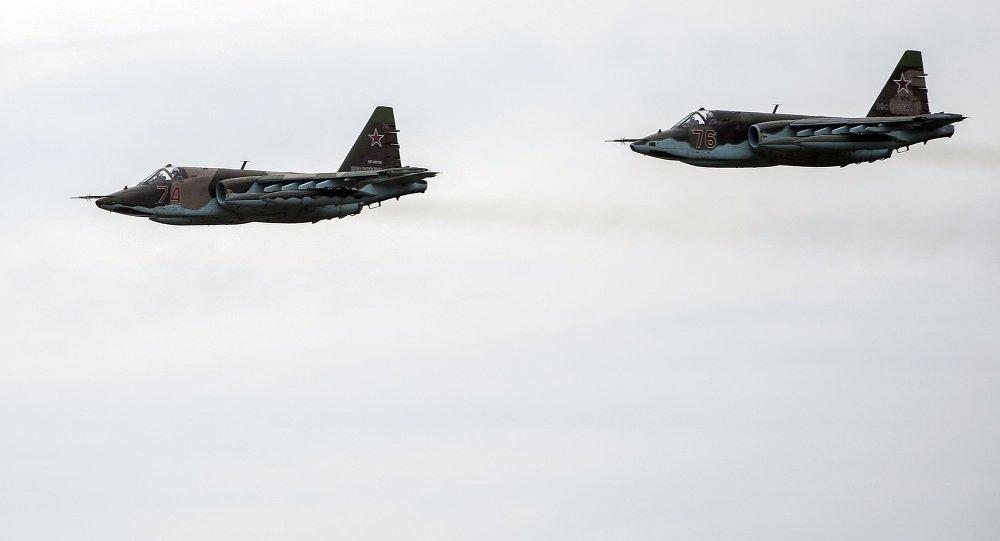Letadla Su-25