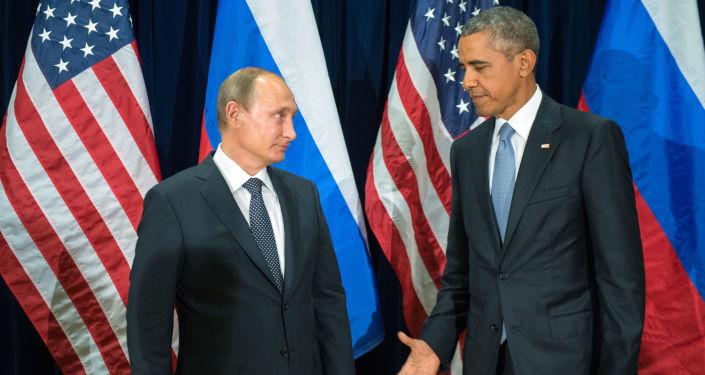 Prezident Ruska Vladimir Putin a prezident USA Barack Obama během setkání v rámci 70. zasedání Valného shromáždění OSN v New Yorku.